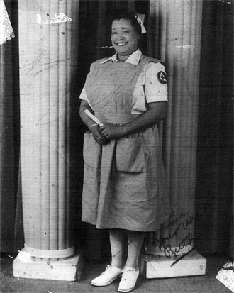 file:/activities/oralhistory/cappics/loving1941_nurse, alt: Ruth Loving in Red Cross nurse's uniform