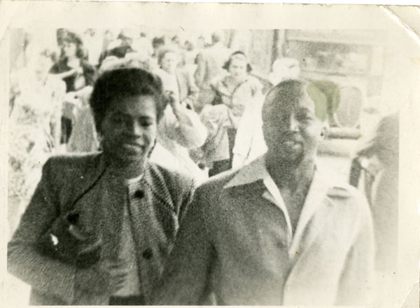image: nelson1943_couple