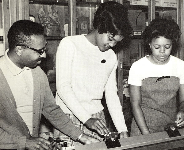 image: romer1969_students